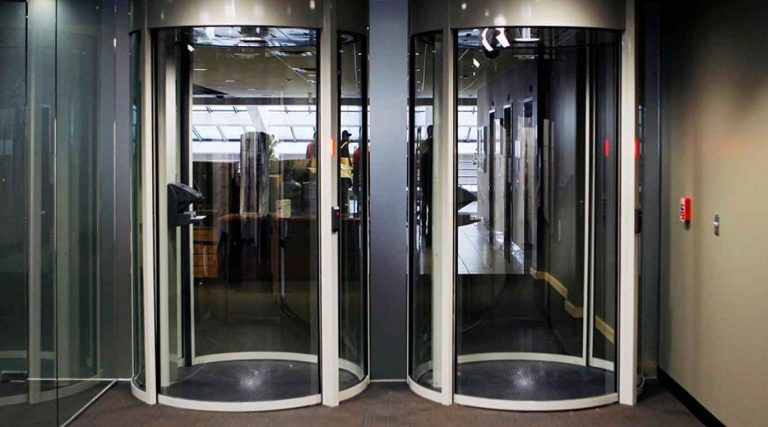 Dor-Control Craftsmen Install High-Security Portals and Revolving Doors at Data Centers